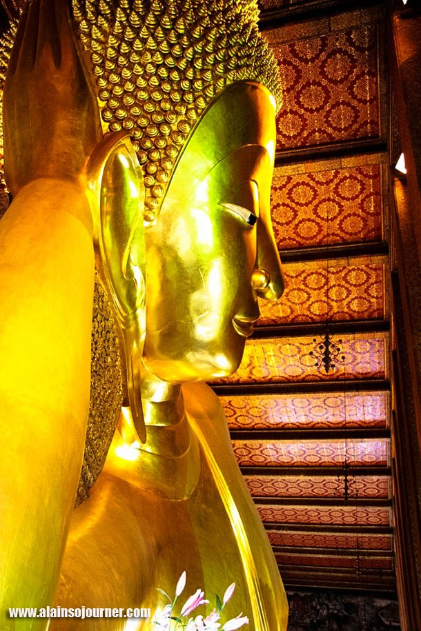 Reclining Buddha in Bangkok Thailand (Wat Pho). & Reclining Buddha in Bangkok Thailand islam-shia.org
