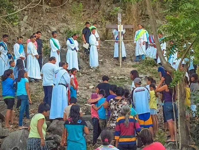 Holy Week Philippines Apo Island 9