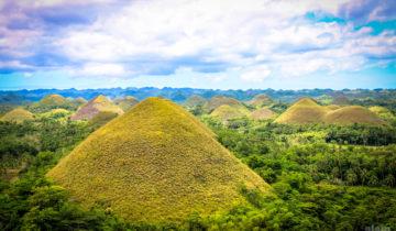 Chocolate Hills in Bohol - View from carmen Hill Peak