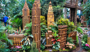 Holiday Train Show at NYC Botanical Garden.