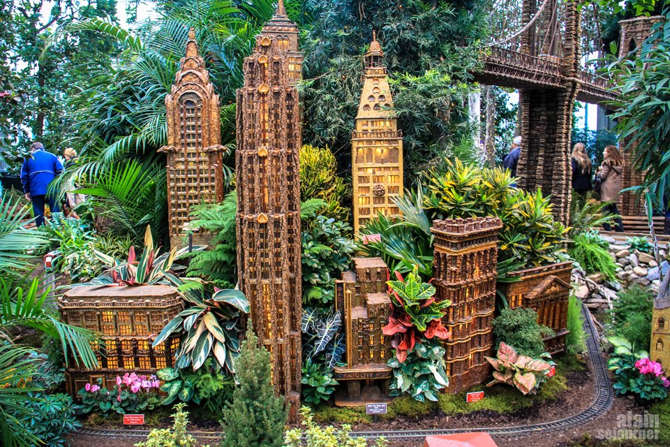 The Holiday Train Show at NYC Botanical Garden