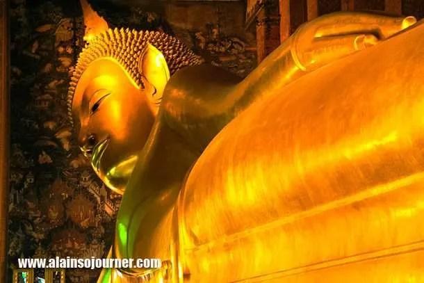 Wat Pho Reclining Buddha Bangkok 4