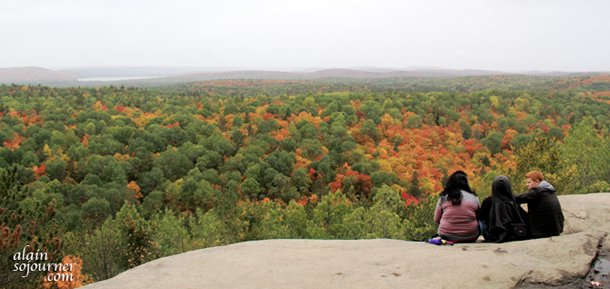 Algonquin Park Fall Colours: The Lookout Trail.