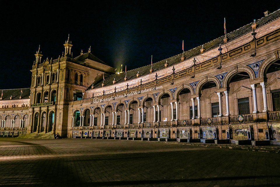 Plaza de España in Sevilla at Night Literally Takes My Breath Away (Spain).