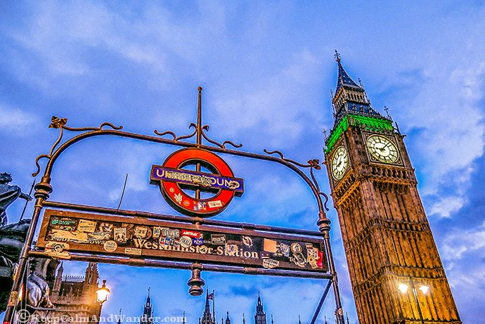 London's Big Ben at Night Shines Bright (England).