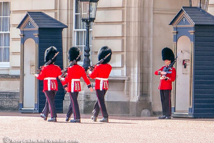 BuckinghamPalace in London is the official residence of the Monarchy.