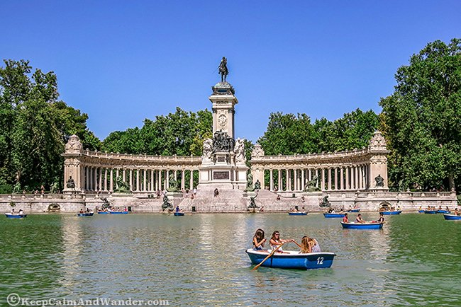 Things to do at El Retiro Park (Madrid, Spain).
