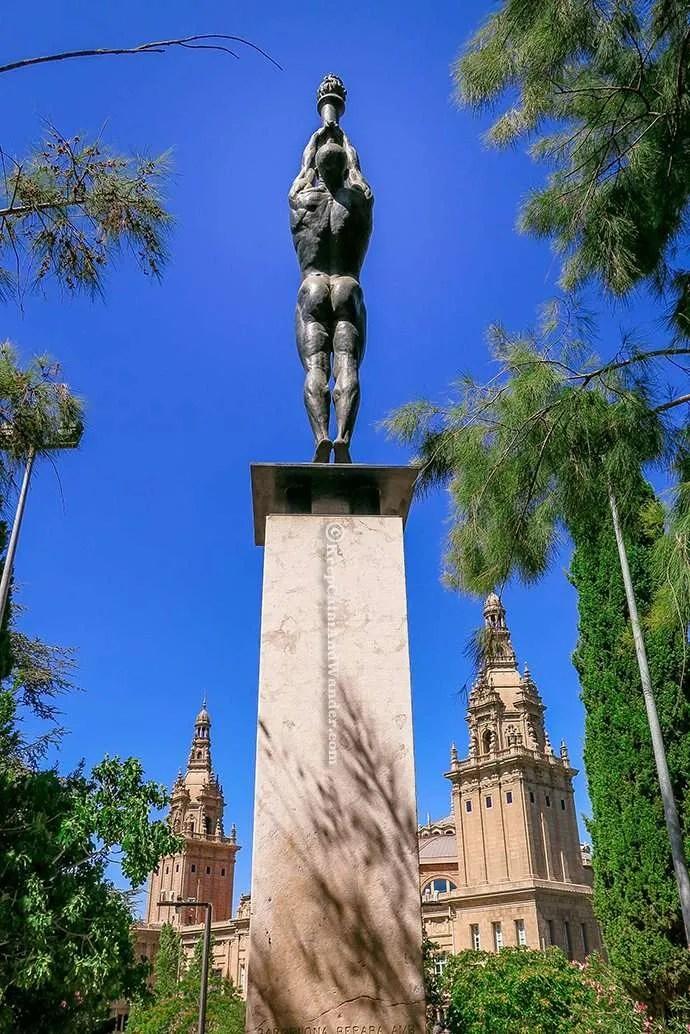 Take a Peek of Catalan Art at MNAC (Museo Nacional d'Art de Catalunya).