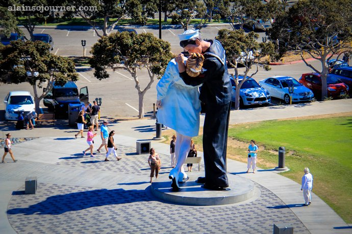 The Kiss That Celebrates The End of World War 2