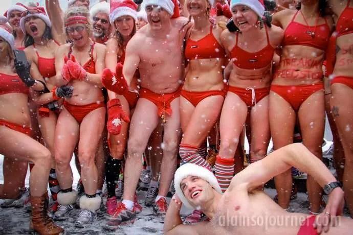 45ae69f2414db Toronto Naked Santa Speedo Run 2013
