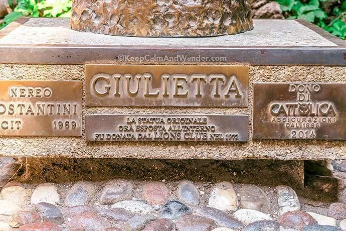 Juliet's balcony in Verona (Italy).