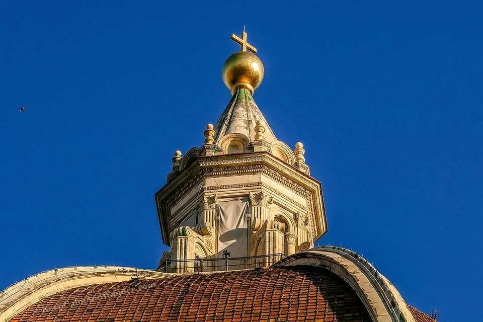 The Stunning Facade of Florence Duomo (Catedral de Santa Maria del Fiore, Firenze, Italy).