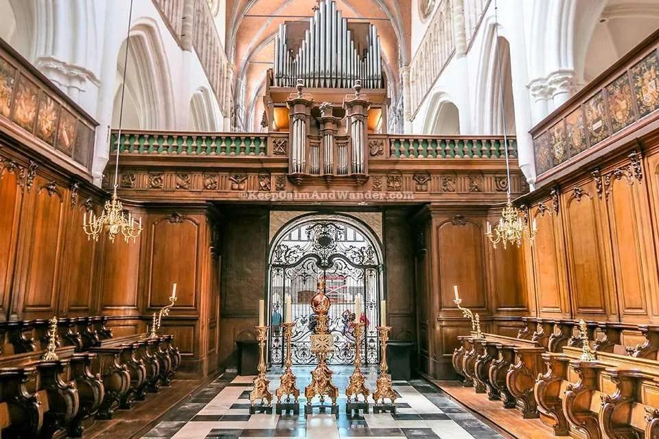 Onze-Lieve-Vrouwekerk in Bruges / Church of Our Lady (Belgium).
