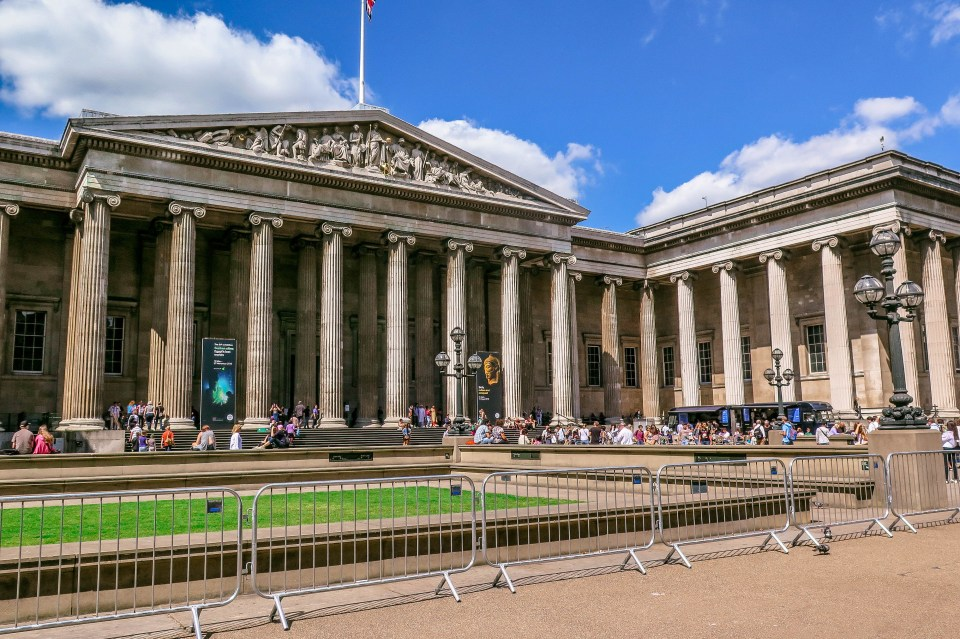 My Top 5 Galleries / Museums in London (British Museum).