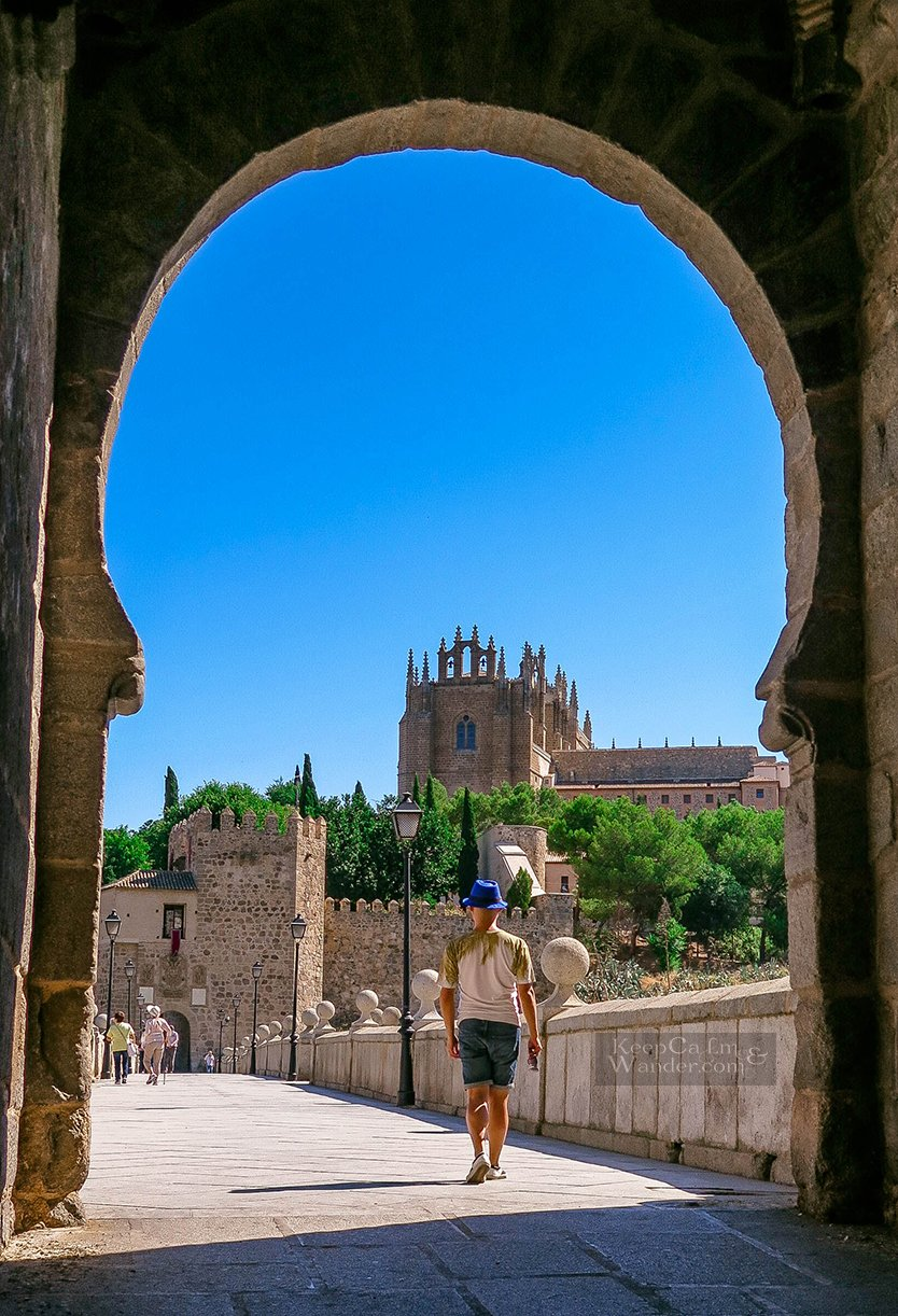 Travel Itinerary: One Day in Toledo (Puente de San Martin, Spain).