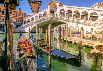 The Views From Rialto Bridge - The Oldest Bridge in Venice (Italy).