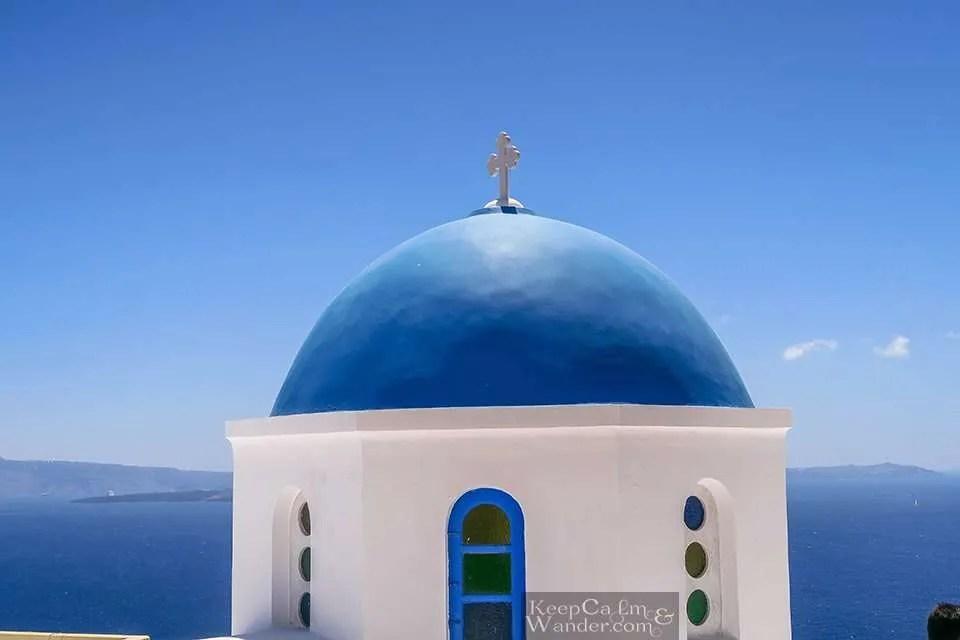 Santorini is Paradise on Earth (Oia, Greece).