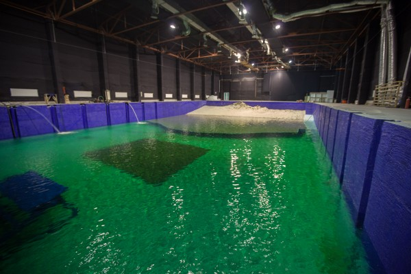 bucharest-film-studio-stage-9-water-tank-600x400