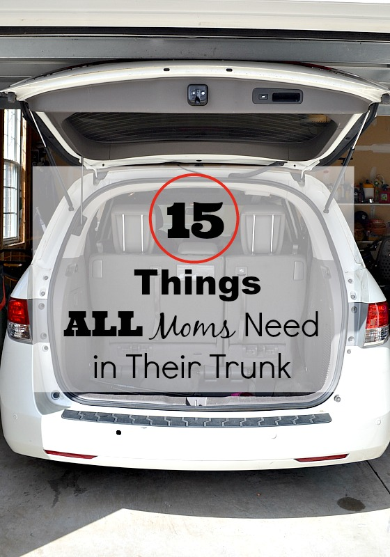 15 Things All Moms Need in Their Trunk