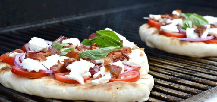 Did you know you can cook pizza out on your grill? You can! Try this grilled bacon and red onion pizza on a hot summer day. It's to die for.