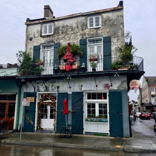 KUWK Travels: Bourbon Street + French Quarter + NYE Wedding