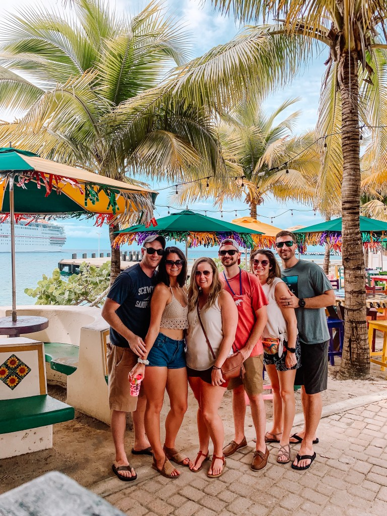Thinking about going on a trip soon? Read why your next trip should absolutely be a trip with friends!