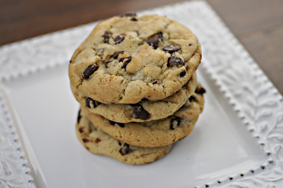 https://i2.wp.com/keepitsweet.wpengine.netdna-cdn.com/wp-content/uploads/2012/02/Chocolate-Chip-Cookies-13.jpg