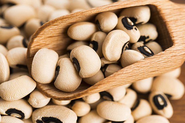 5 Amazing Reasons Why Your Body Needs More Black Eyed Peas