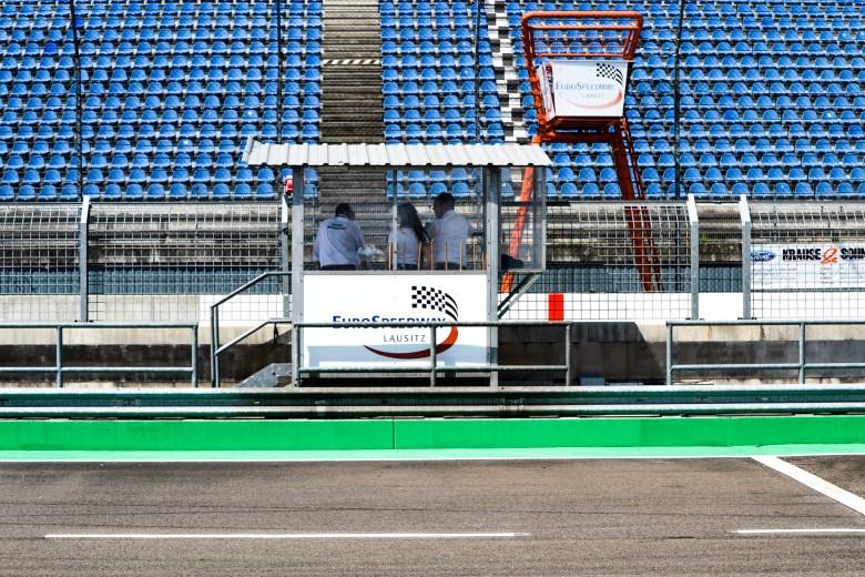 DMV BMW 318ti Cup_Lausitzring_S (22 von 37)