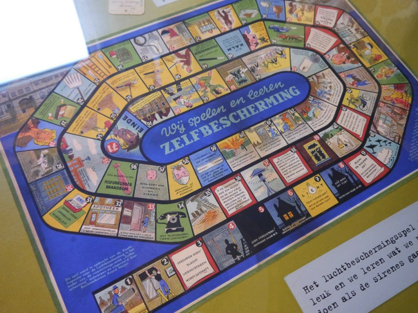 Curious board game... about life?
