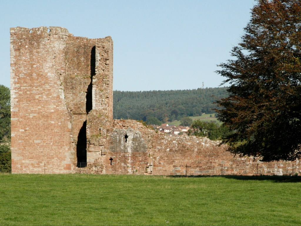 Brougham Castle with veiw of Beacon