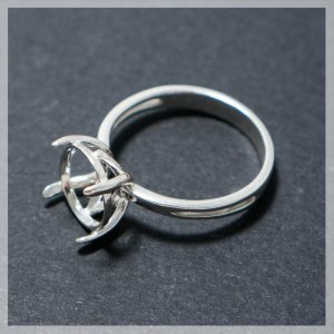 solid sterling silver claw ring from SilverFindings925