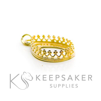 18x13mm medium gold vermeil crown teardrop setting. 925 stamped solid sterling silver plated with 24ct gold 2.5 microns thick, shown with a jump ring