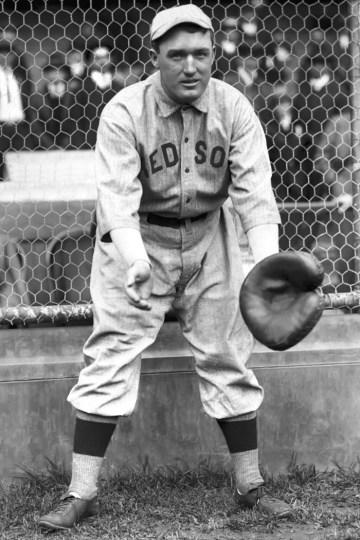 Bill_Carrigan_(1916_Red_Sox)_3