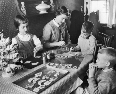 fc354f5b913090d59aa63f41f4e38a34--christmas-cookies-historical-society