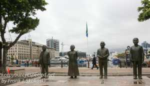 capetown-waterfront-statues-1