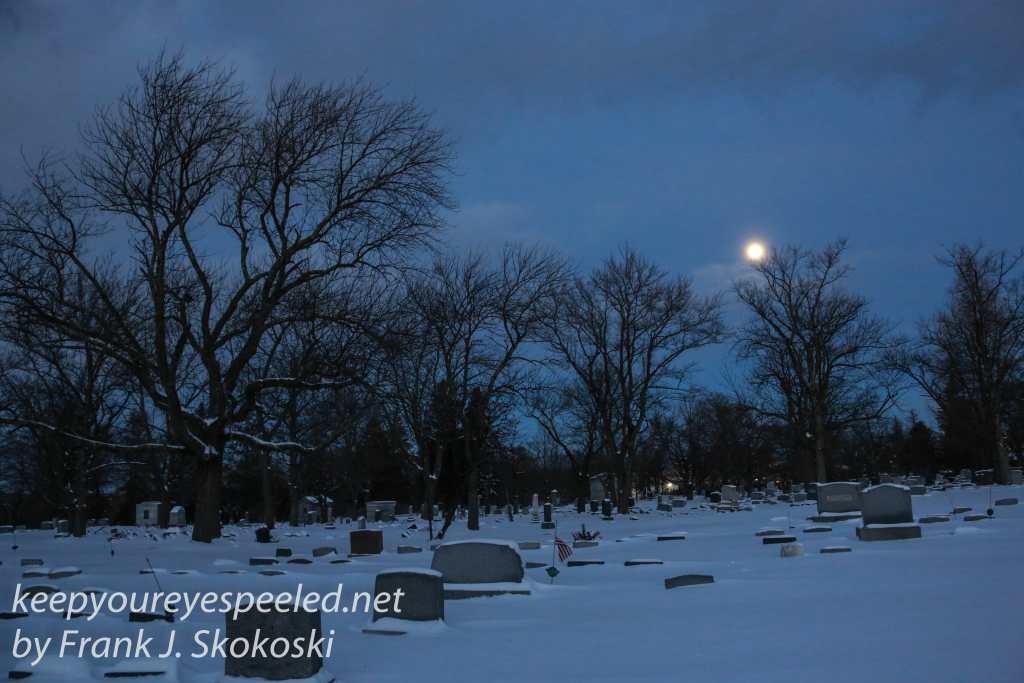 Mountain View Cemetery moon -5