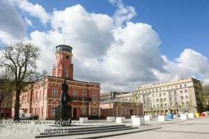 Poland Day Nine Czestochowa walk to train station -45