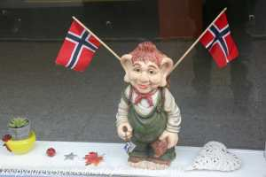 troll with Norwegian flags