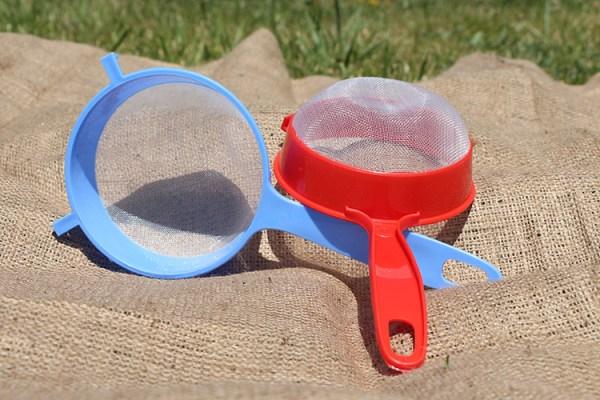 plastic-strainer