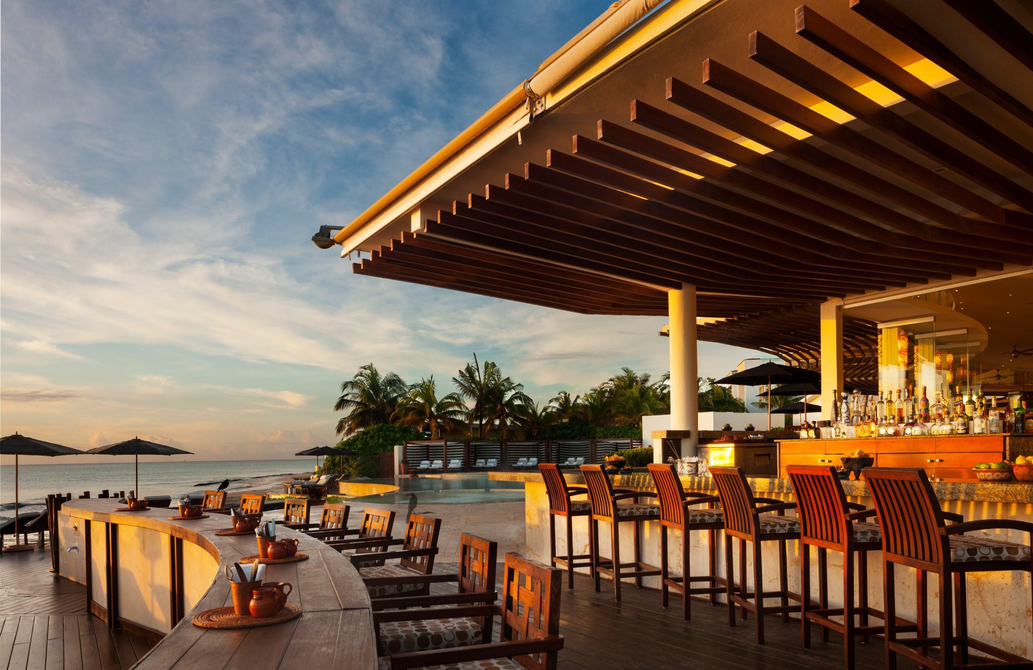 Rosewood_Mayakoba08-daylight---Punta-Bonita-Bar.ashx.jpg