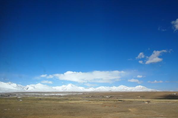 青蔵鉄道に乗って…チベットの聖地ラサへ。