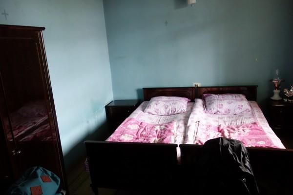 普通に寝室です。