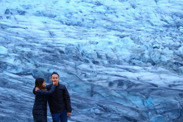 アイスランドの氷河が美しすぎる!!
