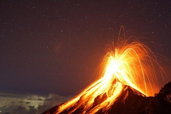 4000m級アカテナンゴ火山、いよいよ山頂アタックの日。