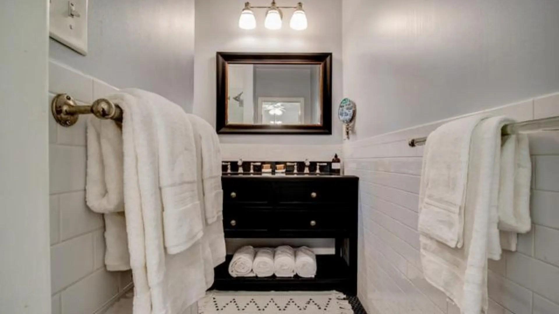 UptonStNW-Bath