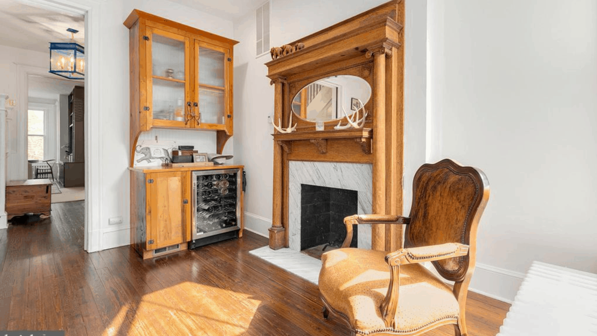 CUSTOMWOOD_115_8th_SE_bar_fireplace_1920x1080