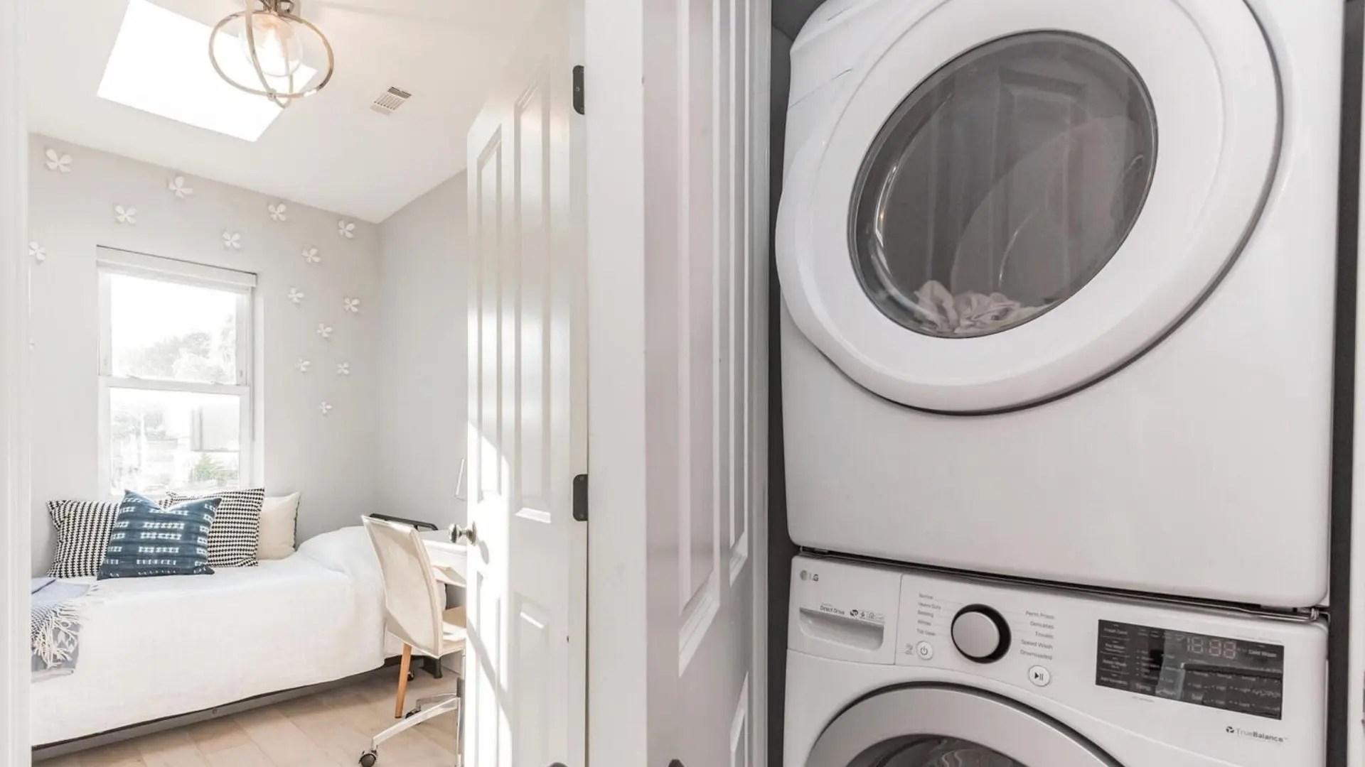 680-4th-bd-laundryctr