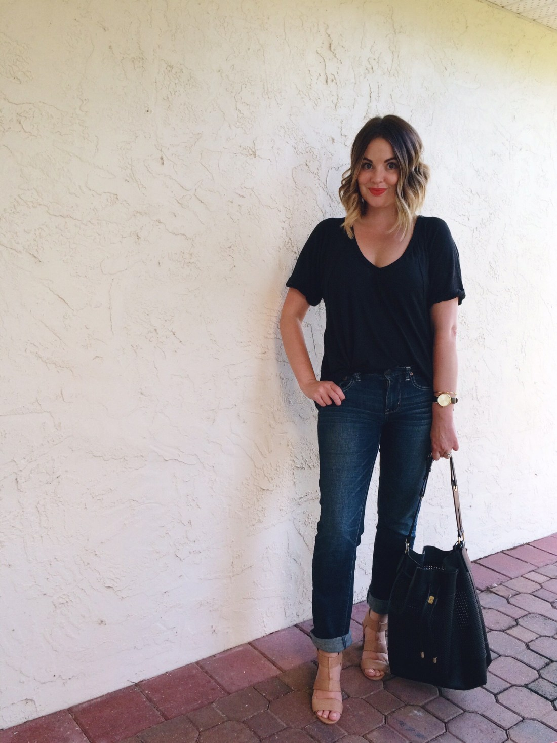 Girlfriend Jeans, Casual Outfit Ideas, Free People Free Fallin' Tee, Style Blogger, 30s Style