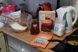 Making ANZAC biscuits